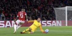 Video: Handanovic maakt hands, maar krijgt slechts geel