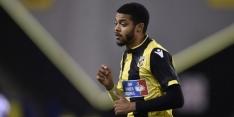 Vitesse-verdediger Clarke-Salter revalideert langer in Engeland