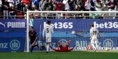 """Varane na afgang: """"Negentien goals tegen is een probleem"""""""