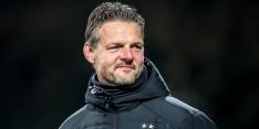 Jong PSV-trainer Uneken kondigt vertrek aan