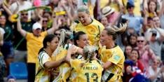 Australië blijft in leven na sensationele comeback
