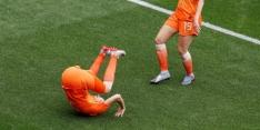 """Van Persie looft Miedema: """"Ze kan ook geweldig voetballen"""""""