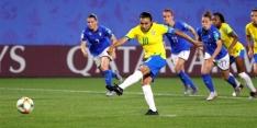 Brazilië wint dubieus, Sam Kerr op schot voor Australië