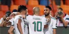 Vedette Mahrez schiet Algerije in slotseconde naar finale
