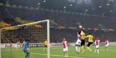 Video: Feyenoord op achterstand na onbegrijpelijke handsbal Ié