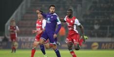 Anderlecht wint door late goal op bezoek bij Zulte Waregem