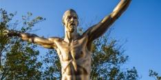 Fans van Malmö FF bekladden standbeeld van Zlatan