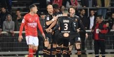 Marseille blijft dankzij hattrick Benedetto in het spoor van PSG