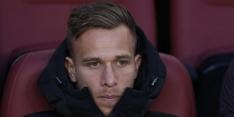 'Arthur parkeert onder invloed Ferrari tegen lantaarnpaal'