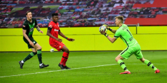 Bosz en Leverkusen beleven dramatische avond tegen Wolfsburg