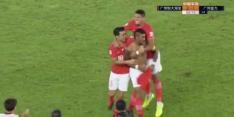 Video: Van Bronckhorst verliest derby door late goal Paulinho