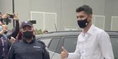 Video: Morata komt aan bij Juventus voor medische keuring