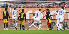 Dortmund verliest van Augsburg, Leverkusen gelijk