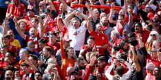 Engelse supporters begin december weer welkom in stadion