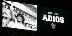 In beeld: prachtig eerbetoon aan Maradona tijdens Boca - Newell's