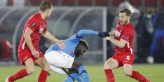 AZ laat kans op overwinning liggen tegen Napoli