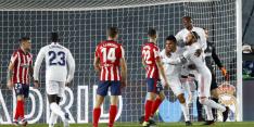 Real Madrid verslaat koploper Atlético en gooit de titelstrijd open