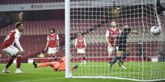 Blunderend Arsenal krijgt in beker pak slaag van Man City