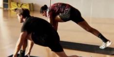 Video: Van Dijk deelt bemoedigende beelden van herstel