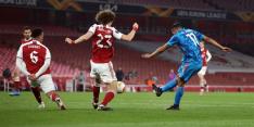 Nederlaag deert Arsenal niet, Karsdorp belangrijk bij Roma
