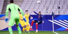 Regerend wereldkampioen Frankrijk loopt direct averij op