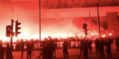 Video: PSV-fans bewijzen Willy van der Kuijlen laatste eer