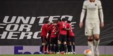United zet Roma na rust te kijk en staat met een been in finale
