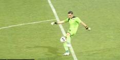 Video: uittrap Roemeense keeper gaat compleet verkeerd