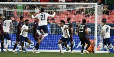 Dest pakt hoofdprijs met VS na zinderende finale tegen Mexico