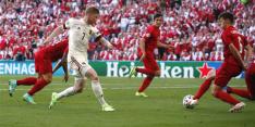 België verslaat Denemarken in duel met twee gezichten