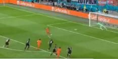 Video: koelbloedige Memphis schiet Oranje van elf meter op 1-0