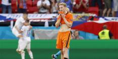 """Lijnders vergelijkt De Jong met Pirlo: """"Wow, echt wow"""""""