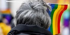 UEFA start onderzoek naar nieuw regenboog-incident in Bakoe
