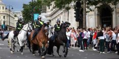 Sfeer in Londen slaat om: politie moet hard ingrijpen bij Engelsen