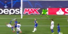 Genieten: deze bizarre CL-omhaal is UEFA-doelpunt van het jaar