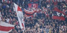 Ajax-fans bekogeld met vuurwerk door Besiktas-achterban