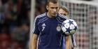 Dinamo Kiev-spits Shevchenko breekt kaak
