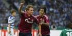 Huntelaar trefzeker voor bekerwinnaar Schalke
