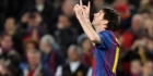 Messi helpt Barcelona langs Santander
