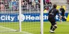 """Keeper Nordfeldt traint weer: """"Stapje voor stapje"""""""