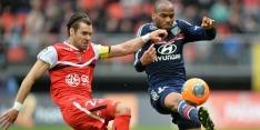 Lyon ontsnapt en loopt in op Saint-Etienne