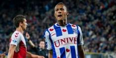 Slagveer in de spits, Lewis debuteert bij Dordrecht