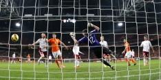 Sterk Oranje verschaft zichzelf en Hiddink lucht: 6-0