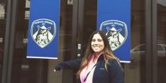 Vrouw reist 7.400 kilometer voor afgelaste wedstrijd