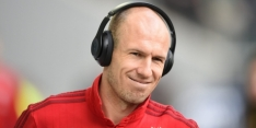Robben trekt blik met complimenten open