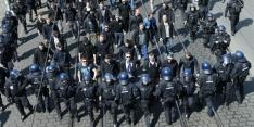 Over de grens: supergoals, protest, titelkoorts en gekkenhuis