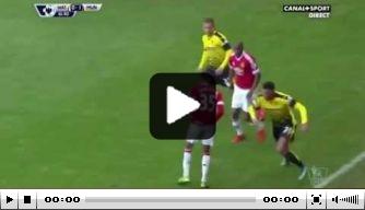 Video: Capoue tikt doorgebroken Lingard door benen