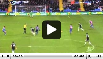 Video: Willian schiet snoeihard raak voor Chelsea