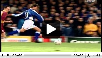 Vandaag in 2001: Reuser blinkt uit bij Ipswich Town