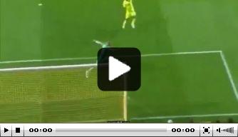Video: Sparta Praag-keeper blundert tegen Villarreal